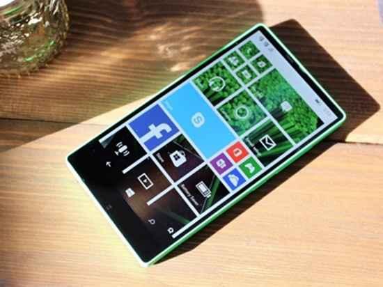 三年前,诺基亚打造这款Lumia全面屏手机!可惜被砍掉了